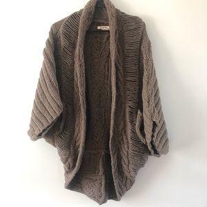 Textile Elizabeth and James Elenor Cocoon Sweater